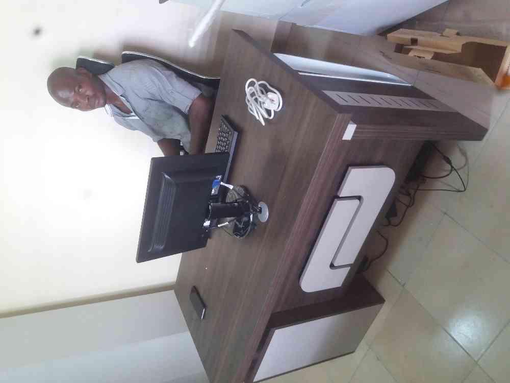 Mac-Olis bureau