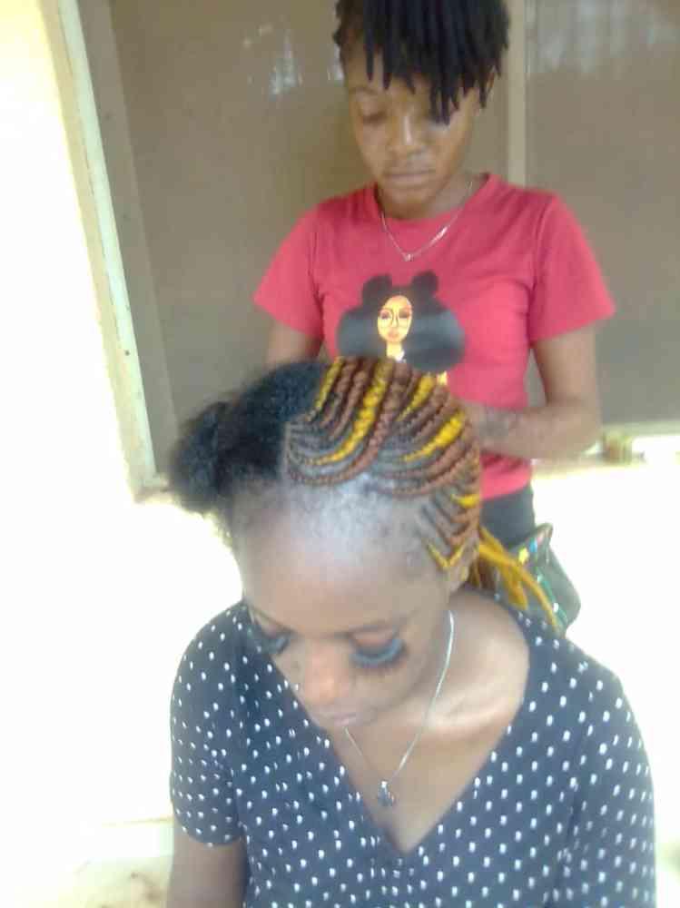 Daisy beauty salon