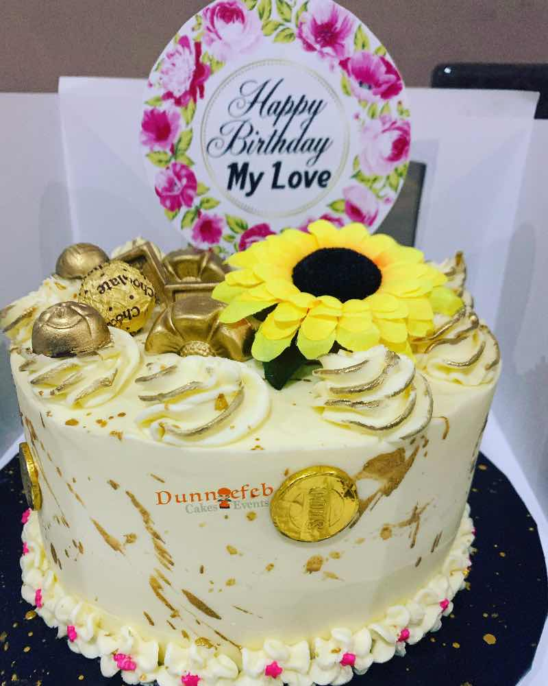 Dunniefeb Cakes N Events picture
