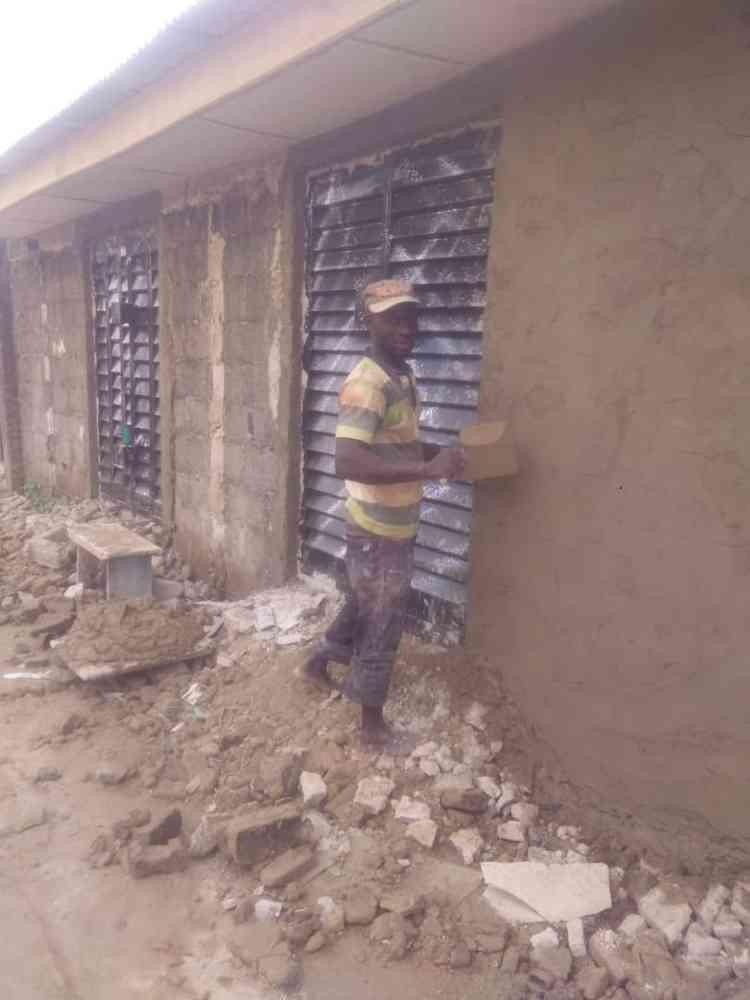 Oyekanmi building contractor