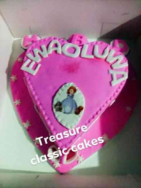 OH TREASURE CAKES AND EVENTS picture