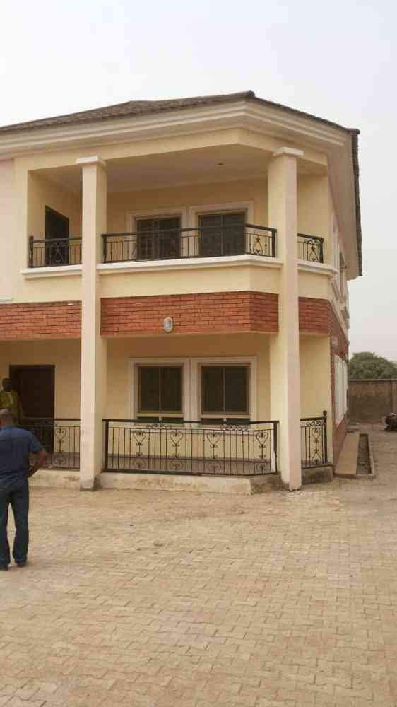 House for sale in lugbe abuja