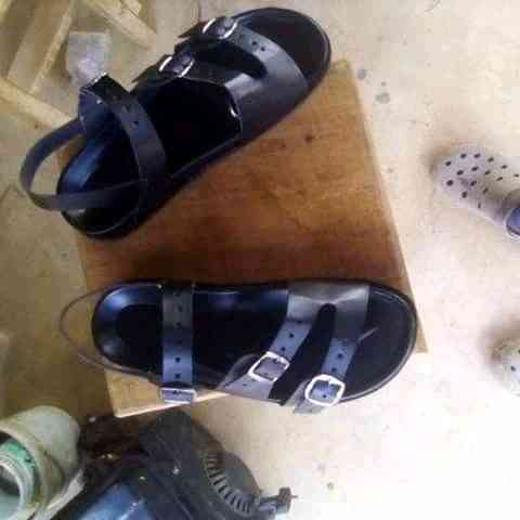 Small royal footwear