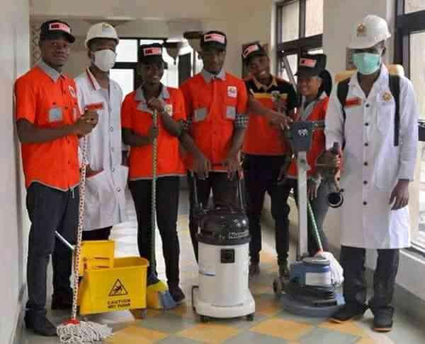 Kuxlomate cleaning service