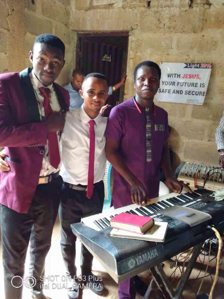 Bishop-tee musical concept