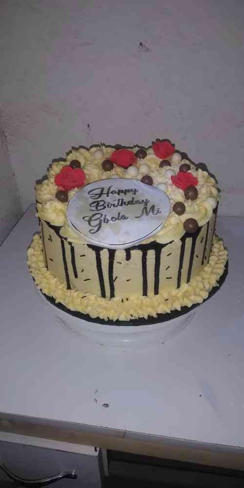 Esthy cakes couture