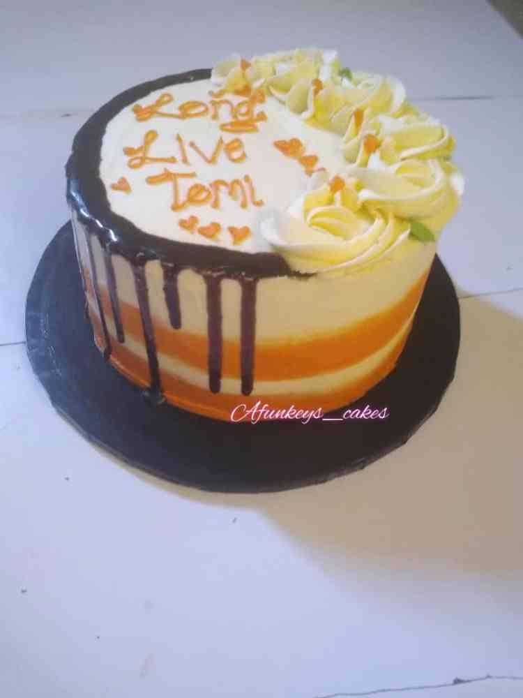 Afunkey_cakes