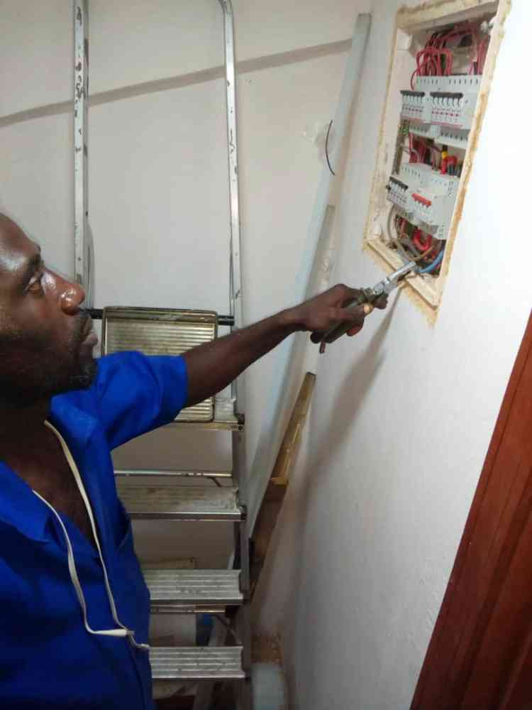 Olanrewaju electrical engineer services