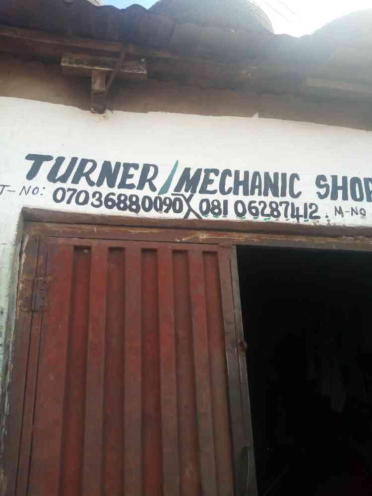 Turner mechanic