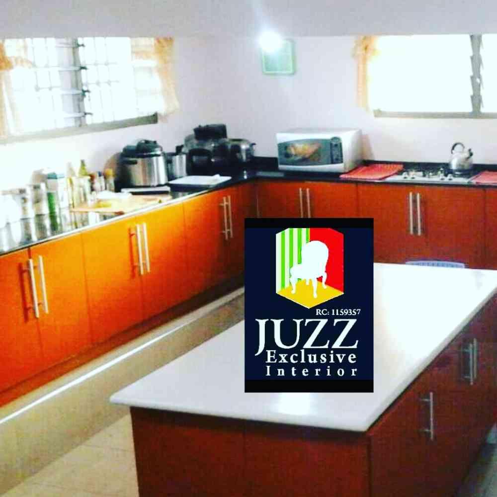 Juzz Exclusive lnterior