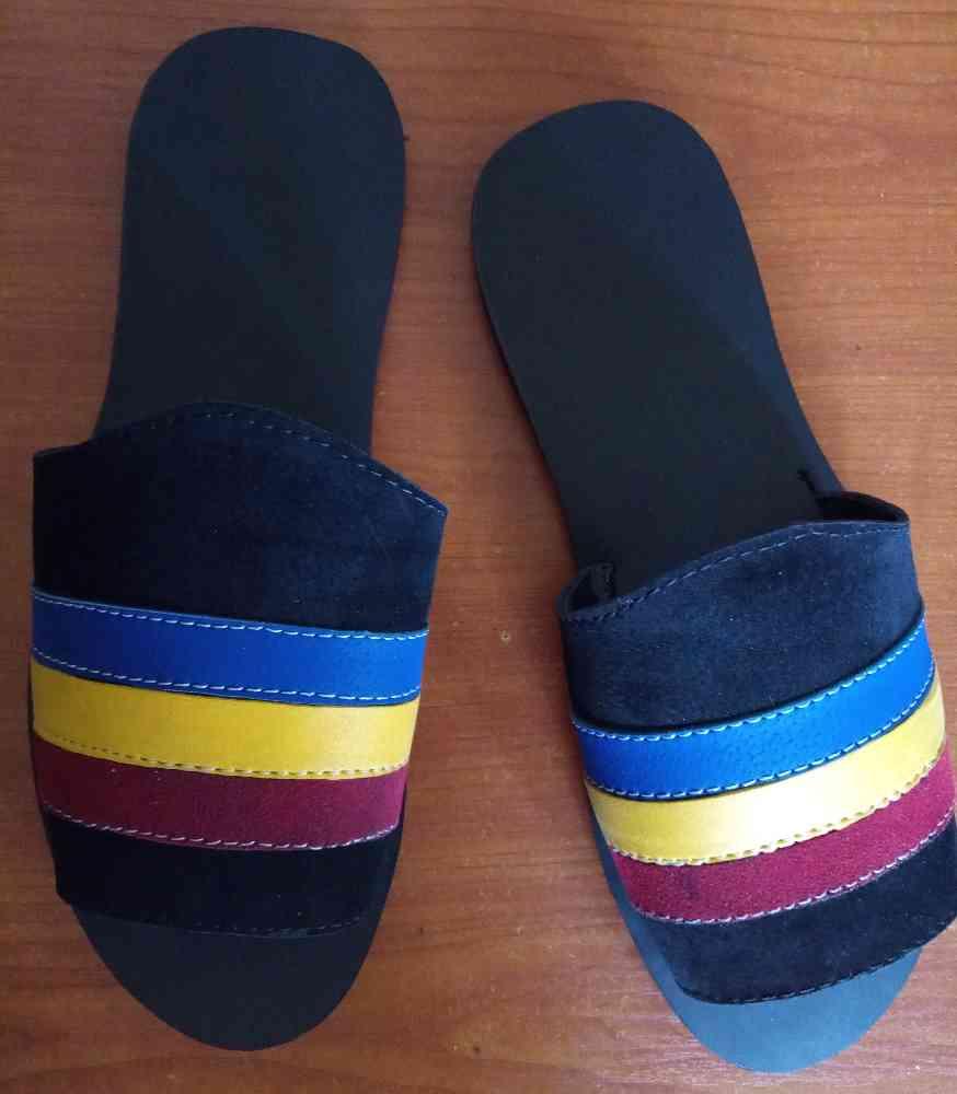 RB Footwears