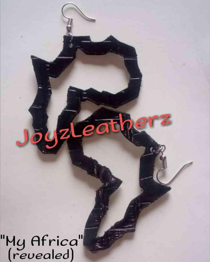 pure leather handmade earringd